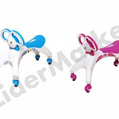 Mergator pentru copii pe albastru sau roz - pana la 30 Kg, 6-12 luni
