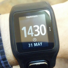 Smartwatch TomTom 8RAO Runner Cardio HR GPS Waterproof, Alte materiale, watchOS, Apple Watch