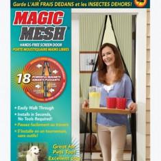 Perdeaua tip plasa anti insecte, cu inchidere magnetica - Magic Mesh