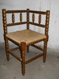 Scaun colt rustic,lemn fag strunjit,sezut impletit,41x41cm,h71cm