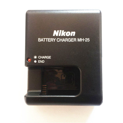 Incarcator Nikon MH25 MH-25 charger EN-EL15 V1 D600 D610 D7100 D810 D7000 D800 foto