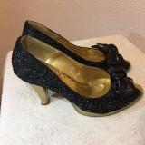 Pantofi negri-aurii, 35, Negru, Cu toc