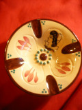 Scrumiera veche pictata manual ,in relief -ceramica Keraluk Quimper ,d=11,5 cm