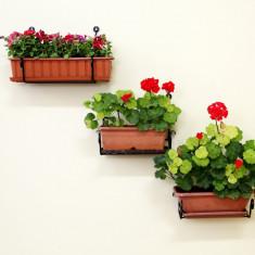 Suport de perete pentru jardiniere
