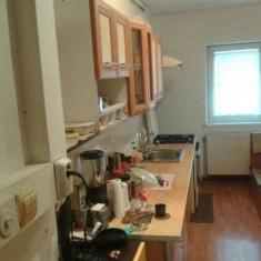 Apartament 3 camere, zona 13 Decembrie, Etajul 4