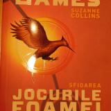 Jocurile foamei: volumul 2 - Sfidarea de Suzanne Collins - Roman