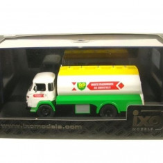 Macheta camion Saviem SM - 1974  - IXO Models scara 1:43