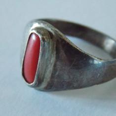 Inel argint vintage cu coral -1501