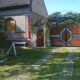 OCAZIE casa cu 3 fronturi stradale in Sustra - cca 60ari - Casa de vanzare, 150 mp, Numar camere: 6, Suprafata teren: 6000