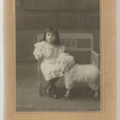 Foto LUX BUCURESTI : fetita, 1913