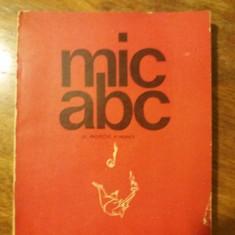 Mic ABC de protectie a muncii grafica si caricaturi MATTY ASLAN / R7P2F
