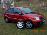 Ford Fusion, Benzina, Hatchback