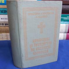 RUGACIUNI SI INVATATURI DE CREDINTA ORTODOXA - EPISCOPIA ORADIEI - 1990 - Carte de rugaciuni