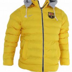 Geaca barbati groasa iarna FC Barcelona - Gluga detasabila - Model NOU - 1230, Marime: M, L, Culoare: Din imagine