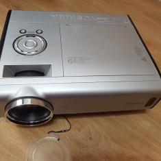 Videoproiector Toshiba TDP-T360 - 755 lei