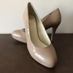 Pantofi Bata, nr 38, culoare nude, noi. - Pantof dama Bata, Cu toc