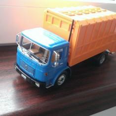 Macheta camion Saviem SM-10 Cabina scurta - Altaya 1/43, noua in cutie (Roman), 1:43