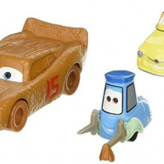 Masinute Disney Pixar Cars 3 Lightning Mcqueen As Chester Whipplefilter And Luigi And Guido With Cloth - Masinuta Mattel