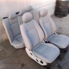 Interior ( scaune si banchete ) Mercedes W203 C Class in stare buna. - Scaune auto, Mercedes-benz, C-CLASS (W203) - [2000 - 2007]