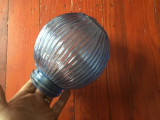 Vechi abajur / glob model interesant cu prindere prin infiletare !