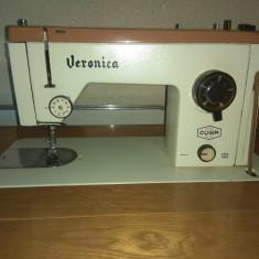 Mașină de cusut Veronica