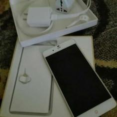 ZTE Nubia My PRAGUE Elite - Telefon mobil ZTE, Argintiu, 32GB, Neblocat, Quad core, 3 GB