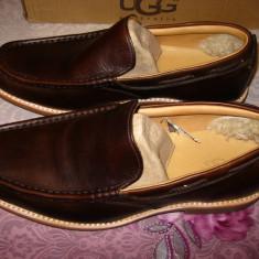 Pantofi barbatesti toamna-iarna UGG ORIGINALI! Maro, piele, marimea 42, Piele naturala, Casual