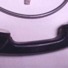 un receptor pt. telefon vechi anii 90 public