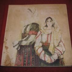 Ii Si Camasi Romanesti - Aurelia Doaga - Carte Arta populara