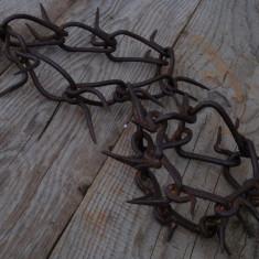 LOT 2 ZGĂRZI VECHI CANINE CU ȚEPI MARI - LUCRATE MANUAL DIN FIER LA NICOVALĂ! - Metal/Fonta, Ornamentale