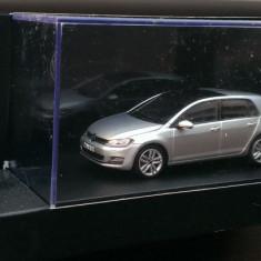 Macheta Volkswagen VW Golf 7 VII 4 usi - Herpa Ed. de Reprezentanta 1/43 - Macheta auto