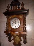 Pendula,ceas de perete antic perioada anilor 1880 marca Junghans
