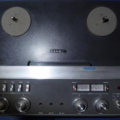 Magnetofon REVOX A-77 Std., 4 piste, seria G 176559, in stare f.buna