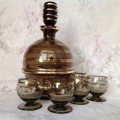 Set decantor si 5 pahare din cristal vintage