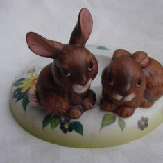 Suport pentru ou de pasti din portelan german GOEBEL, Decorative