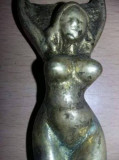 Desfacator dopuri sticle,deschizator vechi bronz nud Original vintage,Tp.Gratuit
