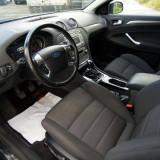 Frumoasă și spațioasă ford mondeo, An Fabricatie: 2004, Motorina/Diesel, 125000 km, 2500 cmc