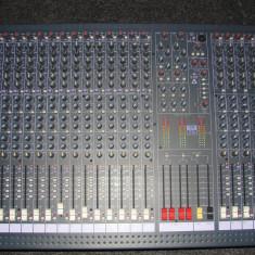 Mixer profesional SOUNDCRAFT SPIRIT LX7, 24 CANALE, 7 BUS - Mixere DJ