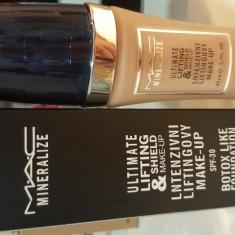 Fond de ten Mac Cosmetics MAC