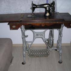 Masina de cusut Gritzner