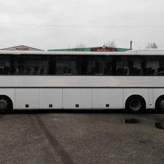 Inchiriere autocare 65 locuri