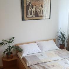 Proprietar inchiriez apartament cu 3 camere Circumvalatiunii / Mall, Etajul 3