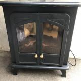 Semineu electric, cu radiator si efect de lemne arzand cu jar