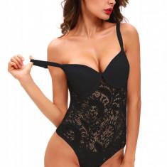 E495-1 Body elegant din dantela neagra, cu burete - Body dama, Marime: M, S/M