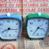 2 ceasuri de masa VICTORIA Arad, de colectie, functionale - Ceas de masa
