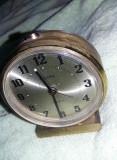 Ceas de masa vintage metalic DELUXE GERMANY,ceas de colectie,fosforescent