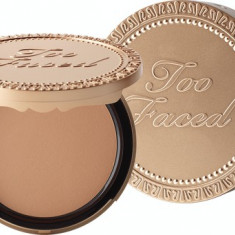 Pudra bronzanta Too Faced Milk Chocolate Soleil Light.Medium Matte Bronzer, Compacta