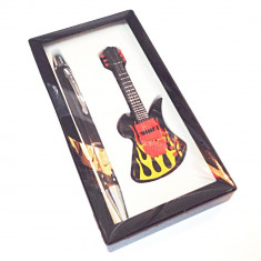 Set Bricheta Chitara, cu Pix Ideal Gift - Bricheta Cu Gaz