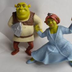 Shrek+Fiona - vorbitori-McDonald's Happy Meal  Disney-de colectie   -B2