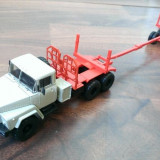 Macheta camion KrAZ 260L Transport lemne- noua, scara 1/43 - Macheta auto